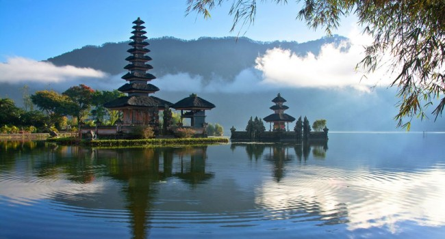 Singapore and Bali experience by Travel advisor