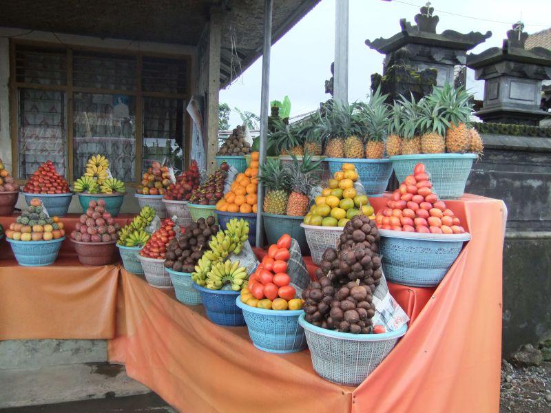 Bali_fruit_stall_2