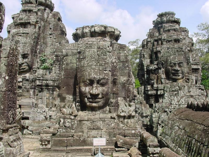 Siem_Reap_Bayon_Temple_cambogia