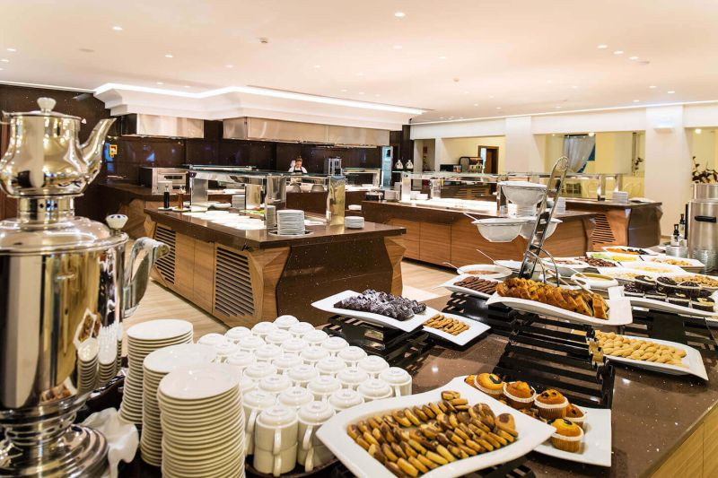01_Main-Restaurant-Buffet-Dining-Bars-1