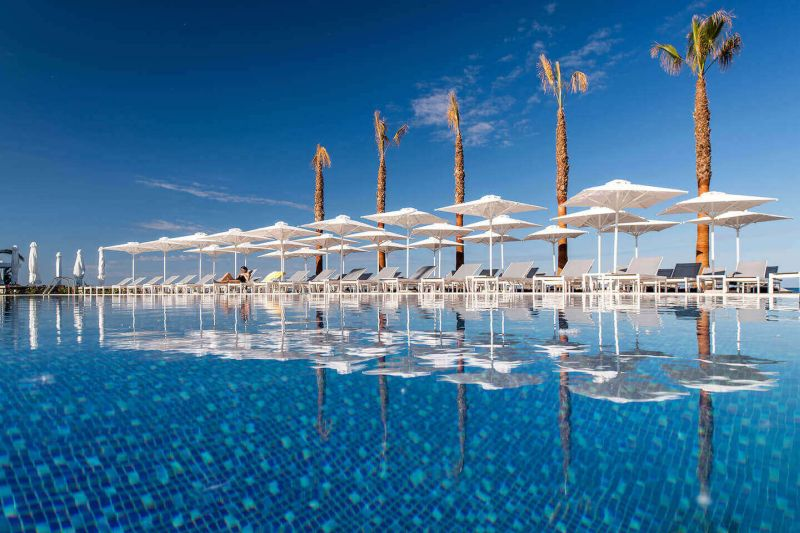 11_Main-Pool-Beach-Pools-1