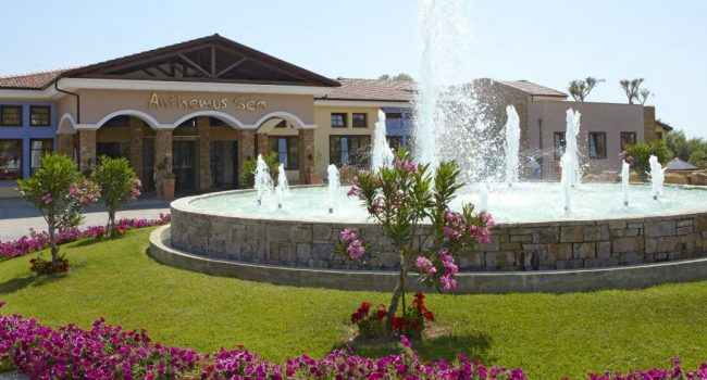 Лято 2019 в Гърция в хотел Anthemus Sea Beach Hotel & Spa 5*